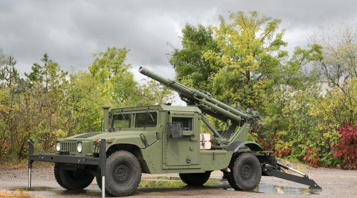 Hawkeye Howitzer Front AUSA
