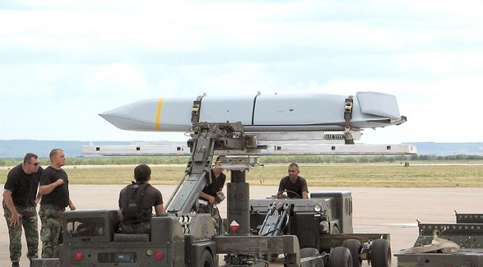 Lockheed-Martin-AGM-158B-JASSM-ER
