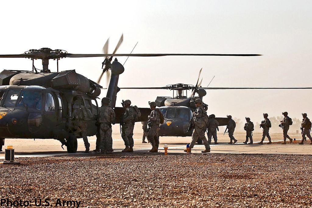 Universal Avionics Fms Selected For U S Army S Black Hawk