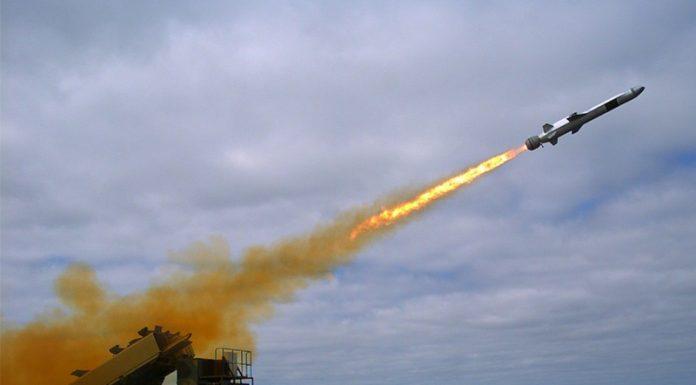 raytheon-naval-missile-strike