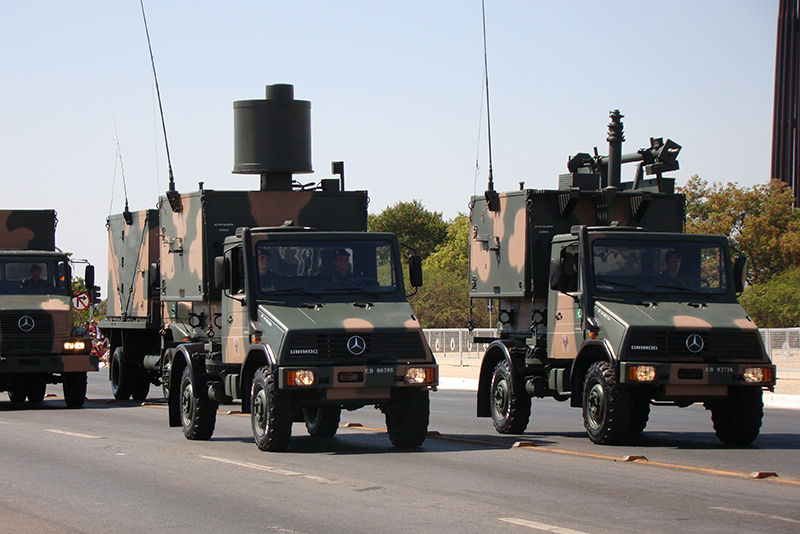 Brazilian-Army-EW-Unimogs