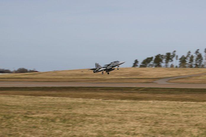 Saab-X-band-First-Trial-Flight
