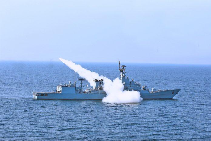 Pakistan-Navy-Frigate