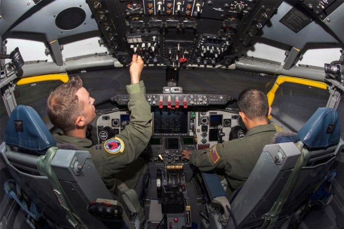 KC-135-1